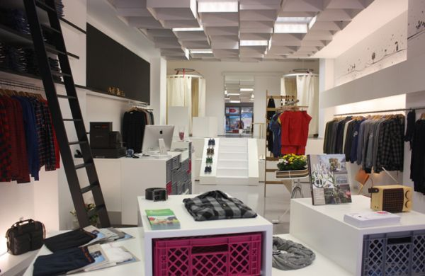 How Commercial Spaces Use Recycled Materials In Beautiful Designs Store Design Interior Store Interior Store Design