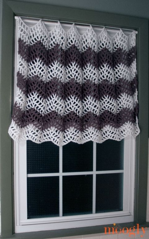 Free Crochet Pattern: Big Bold Chevron Curtain