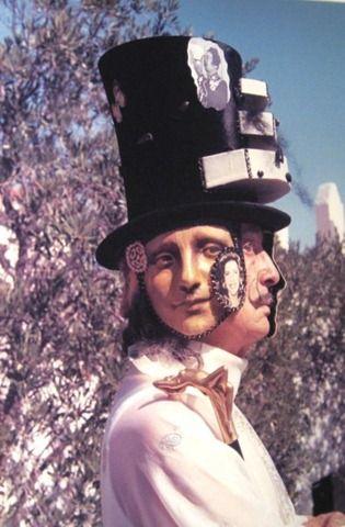 Dalí y la máscara