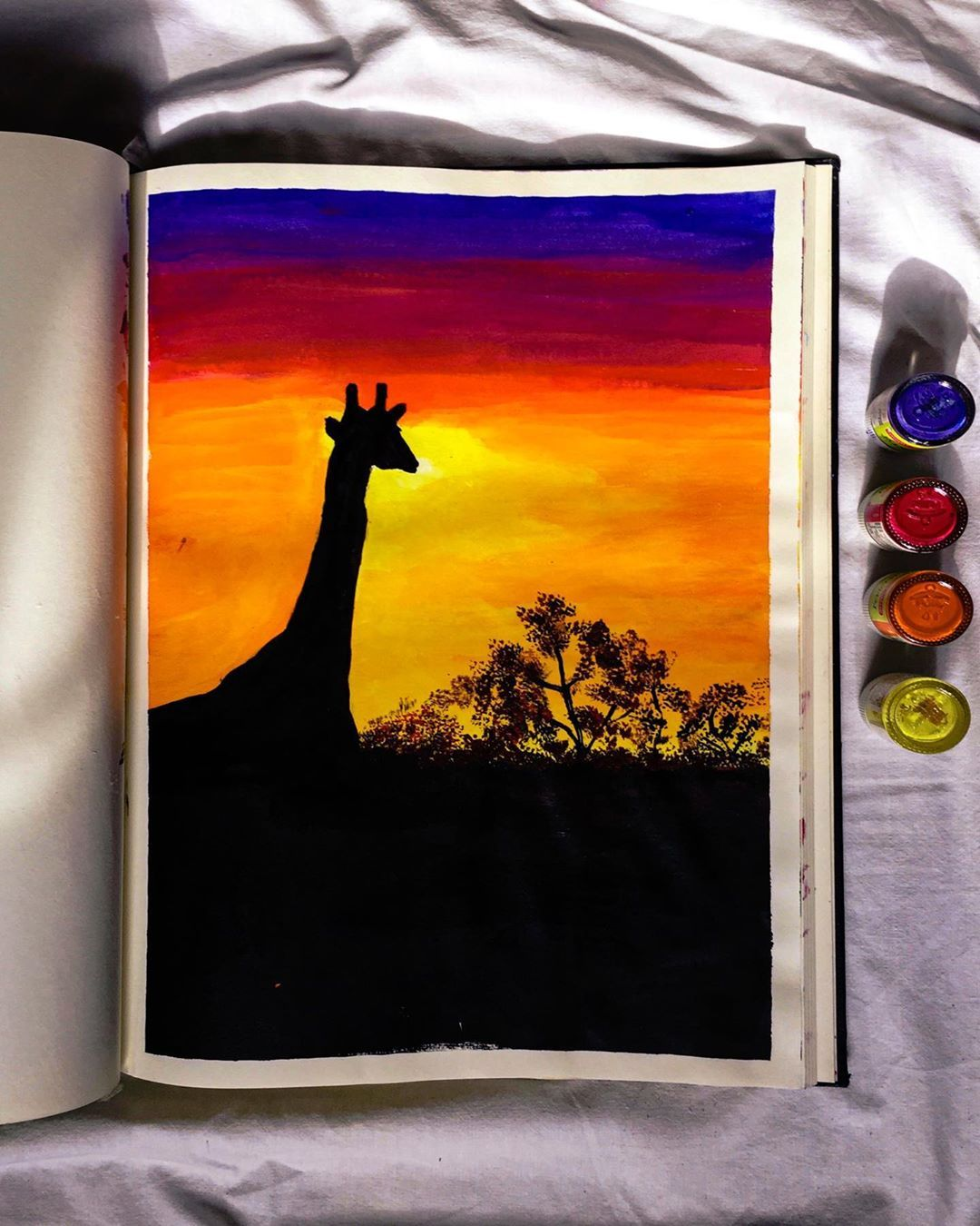 "Shreya Jain's Instagram photo: ""🦒  . . . #artistic #artoftheday #artcommunity #canvaspainting #canvasart #acrylicpainting #workfromhome #illustrationoftheday #artwork…"""
