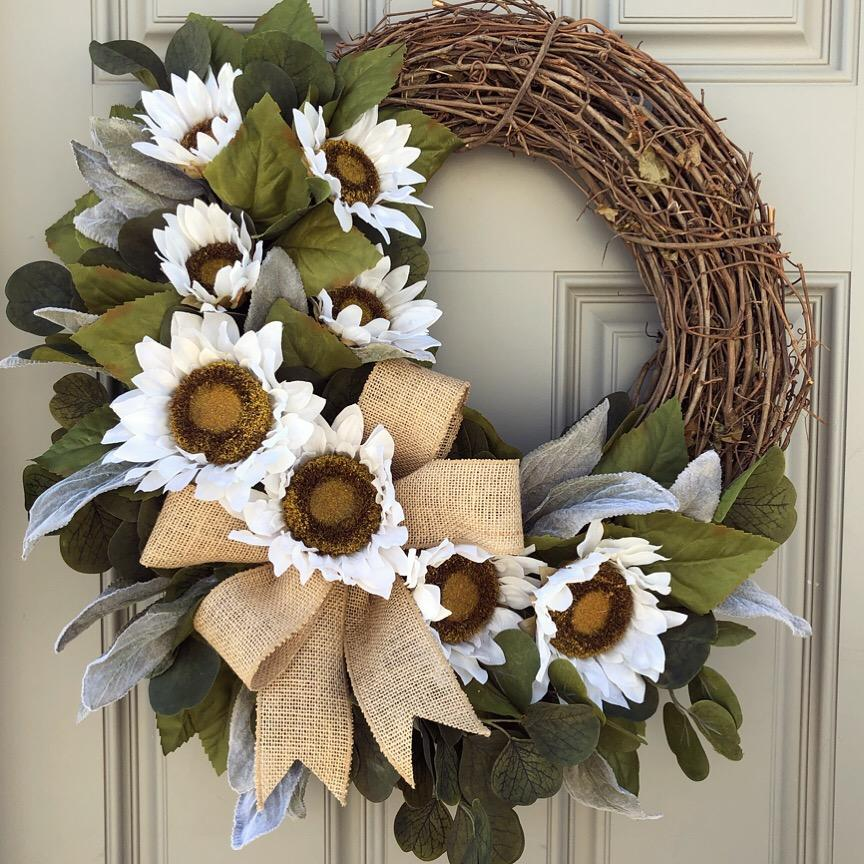 White Sunflower Wreath #fallseason