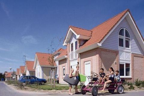 Roompot De Banjaard in Kamperland, Zeeland. Villa's aan