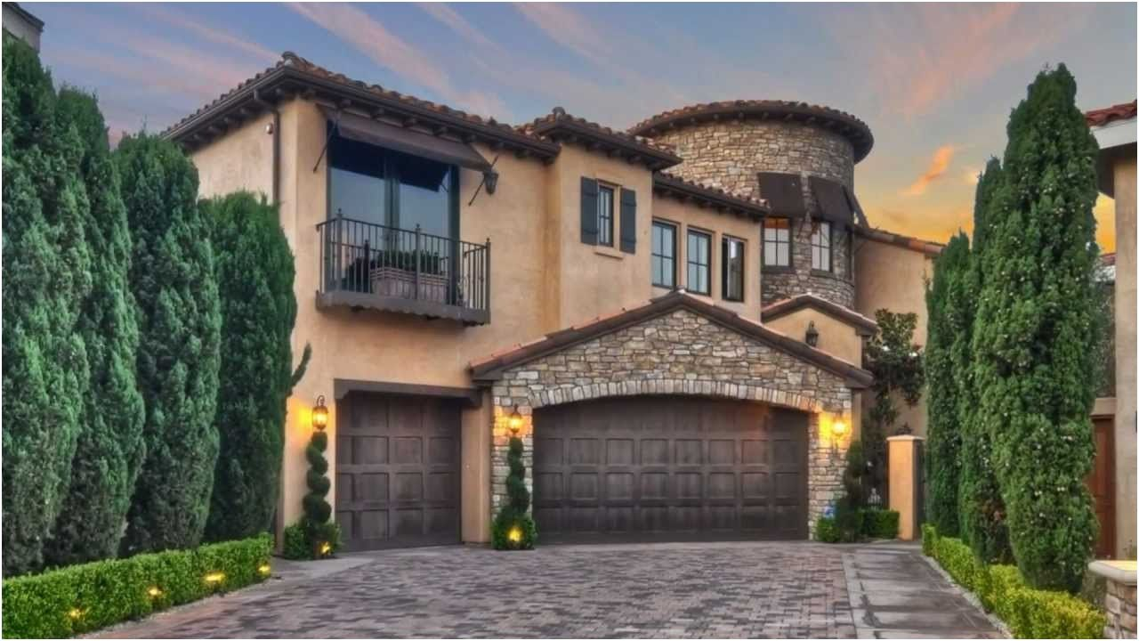 Orange County Homes For Sale Ardsley Huntington Beach From Houses For Rent In Huntington Beach Beach Houses For Sale Luxury Modern Homes Modern Homes For Sale