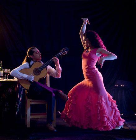 Spanish: Anna & José - Flamenco Dancers