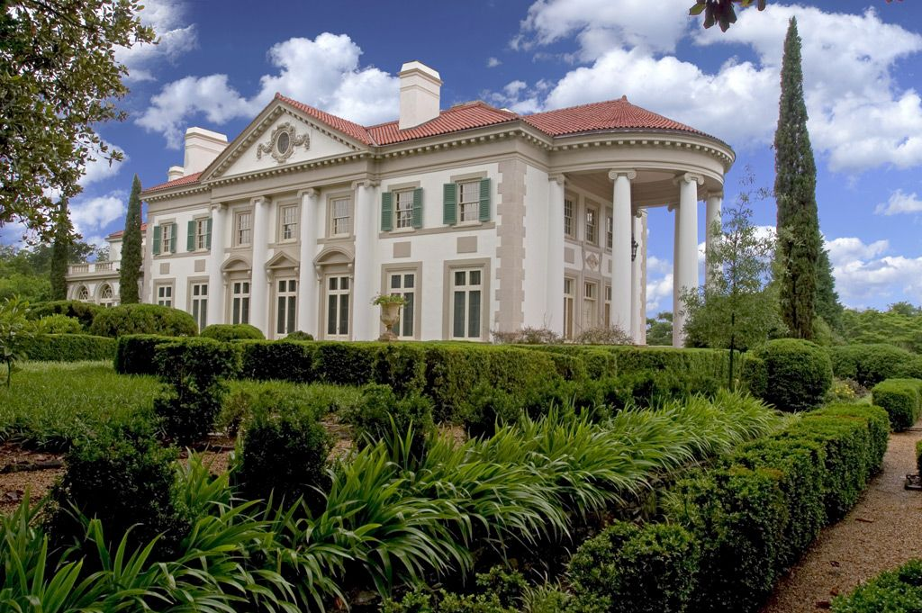 Historic callaway home and gardens at hills and dales for Home builders lagrange ga