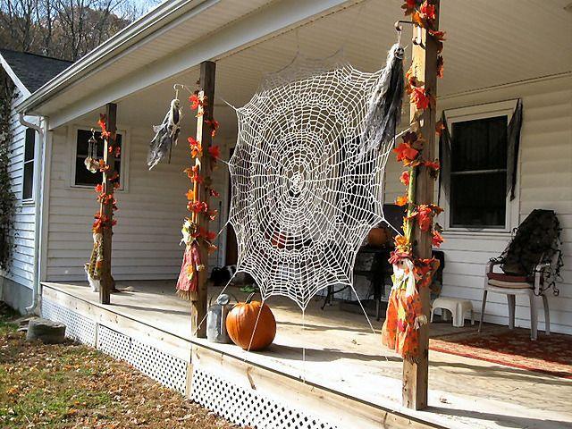Halloween Spider Web Free Pattern by Deb Richeyphoto cr snipchick - spider web halloween decoration