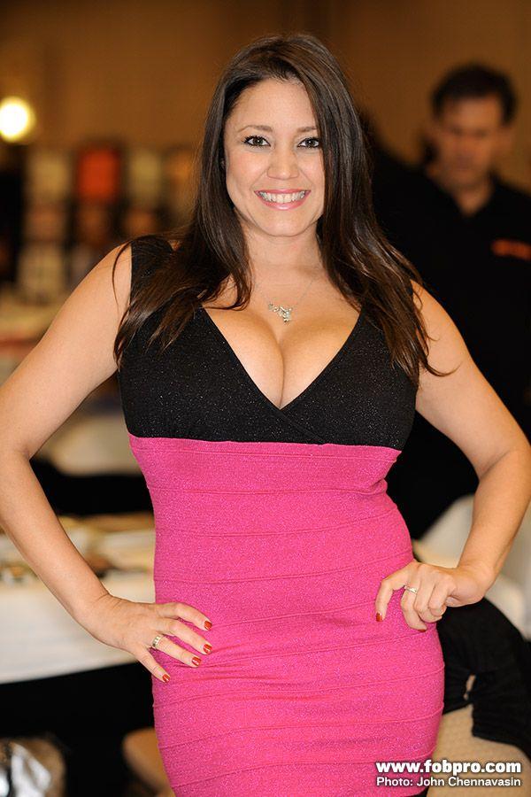 Miriam Gonzalez - Glamourcon 52 - FOB Productions | Miriam