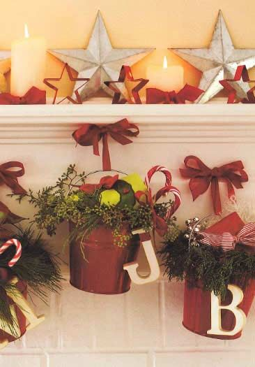 Country Christmas Decorating Ideas Love The Pail Idea So