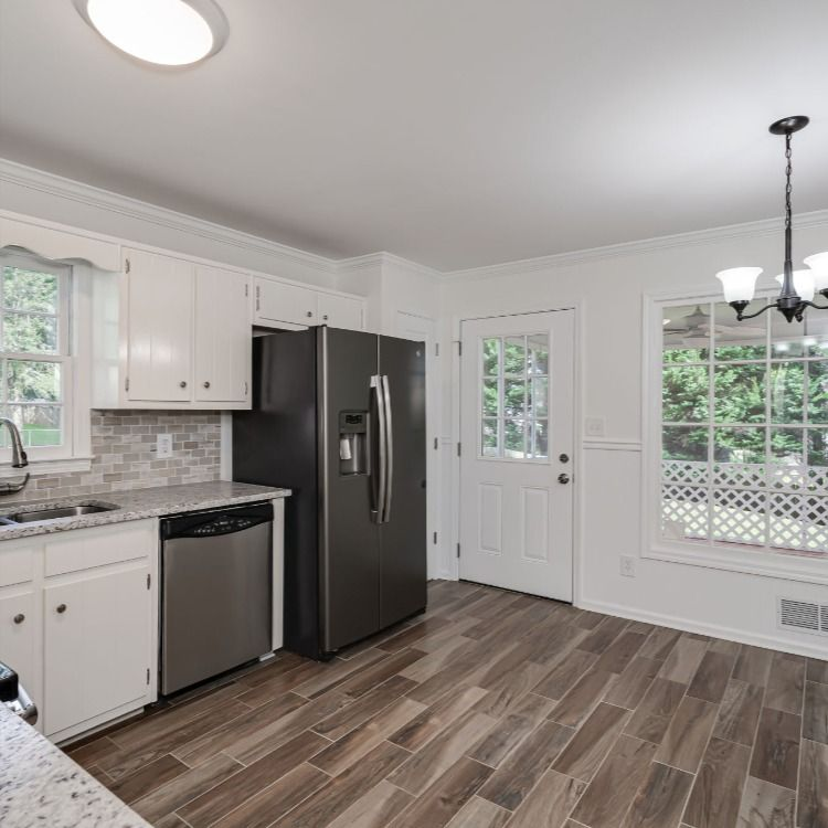 Pin By Re Max Pure On Under Contract 1535 Blackwell Rd Marietta Ga Kitchen Cabinets Kitchen Home Decor