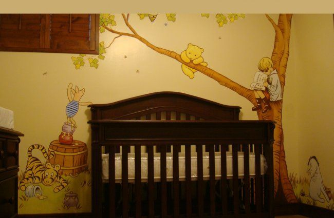 Classic cute winnie the pooh mural ideas for sarah for Classic pooh wall mural