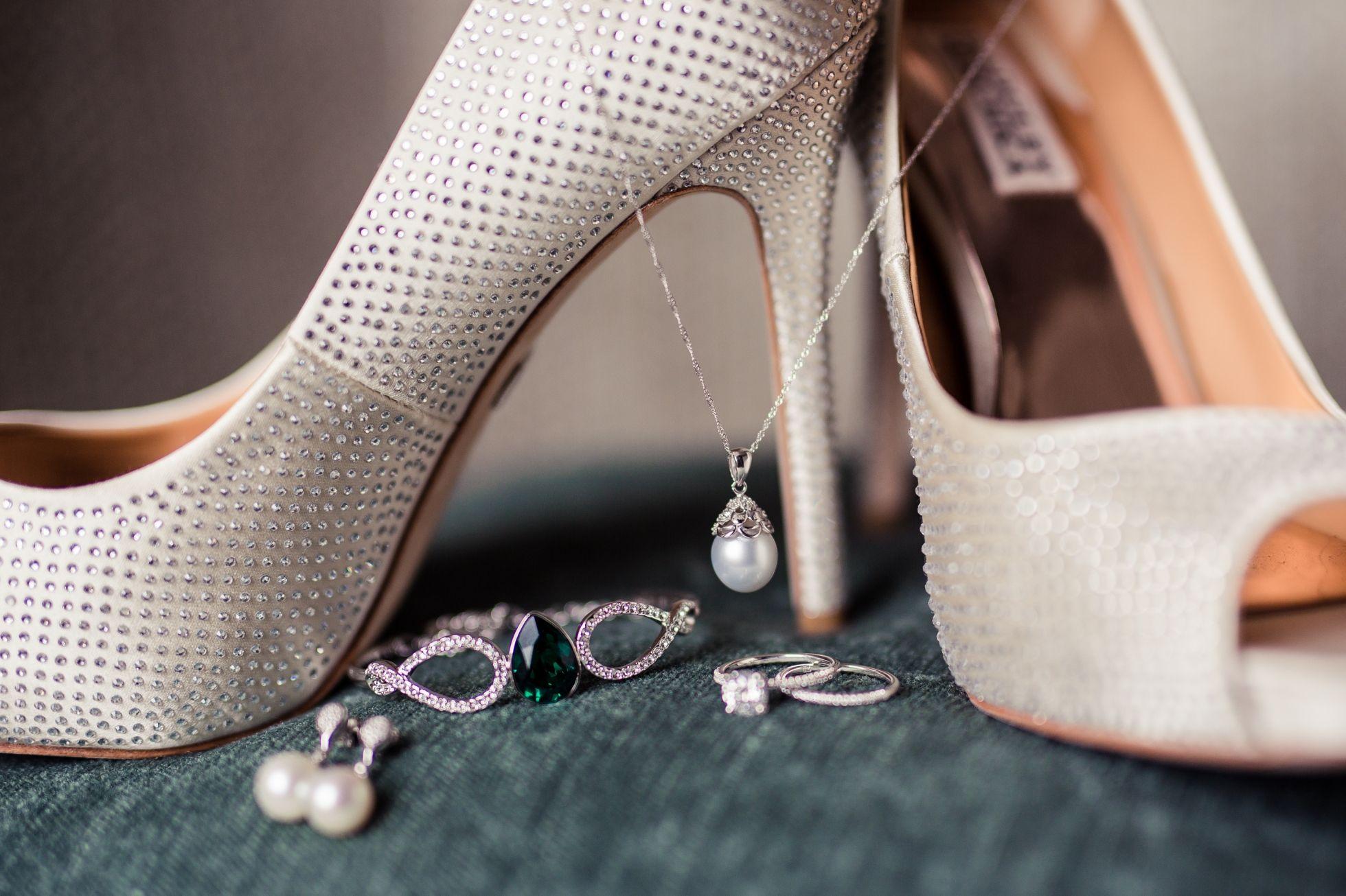 Gorgeous Wedding Details | www.sarahwardweddings.com
