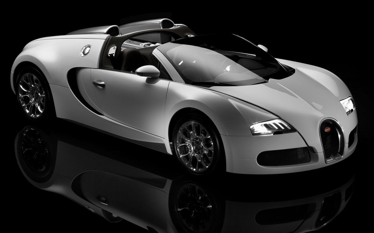 Bugatti Veyron Super Sport Car Not Quite My Style At All But It