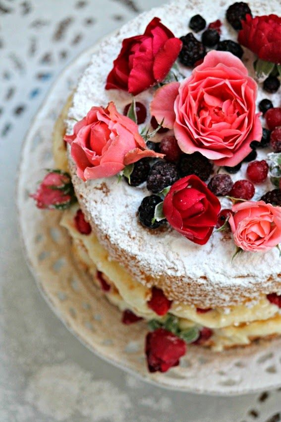 Sugar: Shabby cake: that's amore!