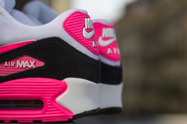 Nike Air Max 90 Cool Grey Black Hyper Pink 1 | Title | Nike