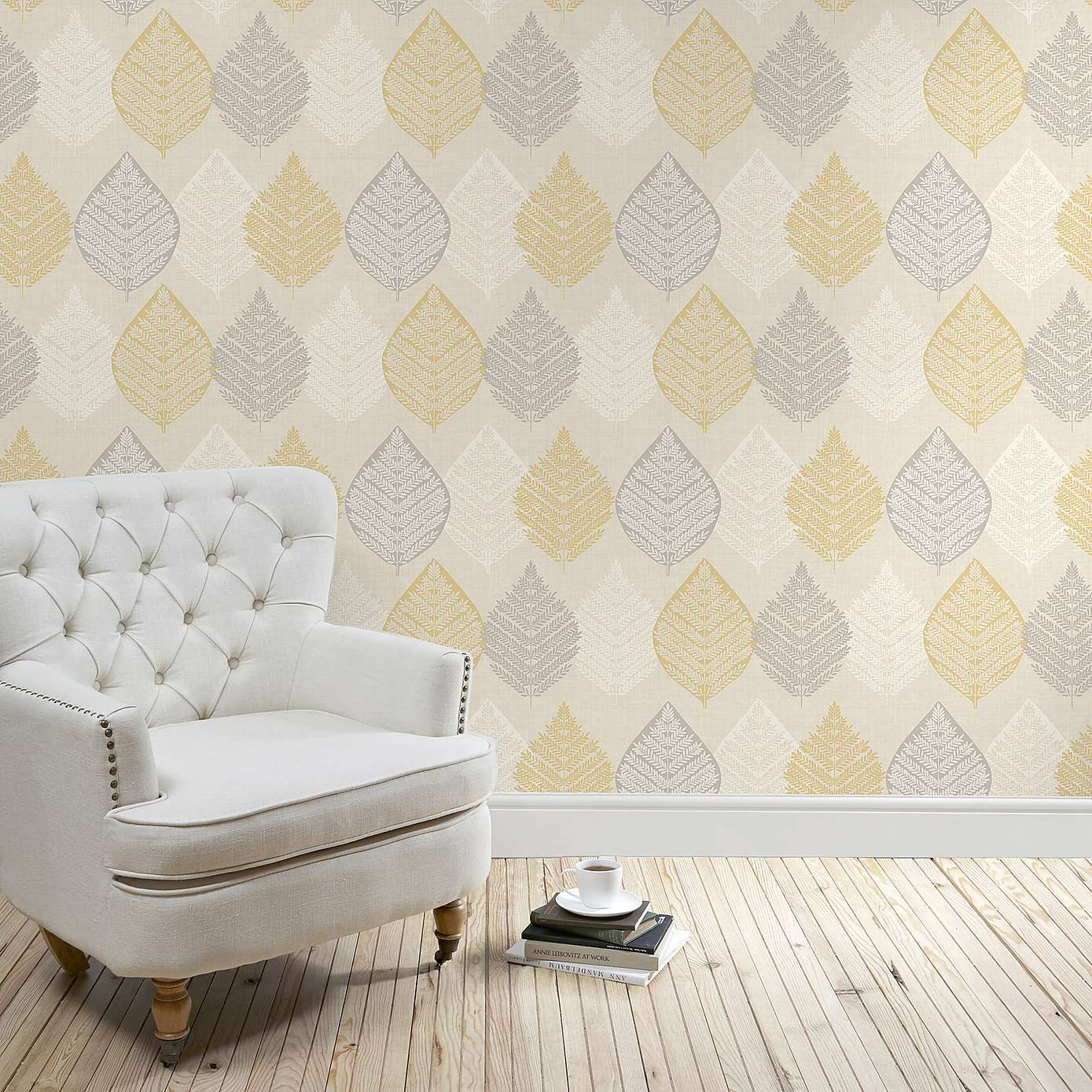 Living room wallpaper texture - In A Sophisticated Grey Shade This Patterned Wallpaper Features An Elegant Scroll Design With A Mixture Of Matt And Glitter Textures