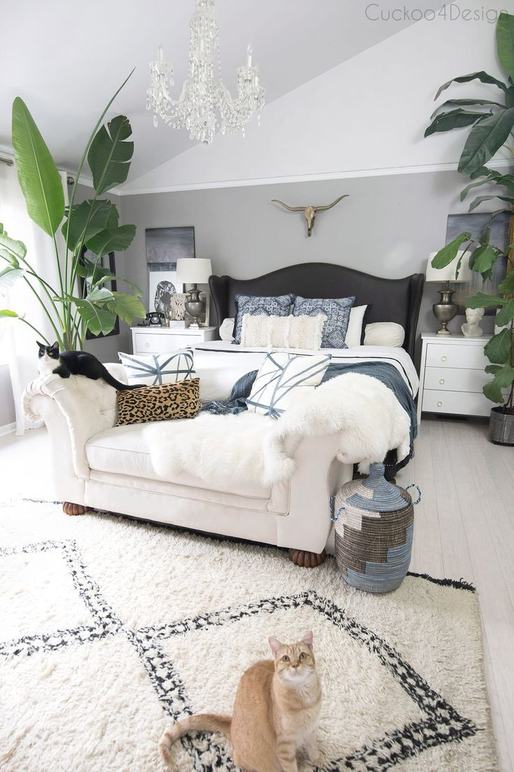Neutral Living Room with a Boho Touch | Apartment ...