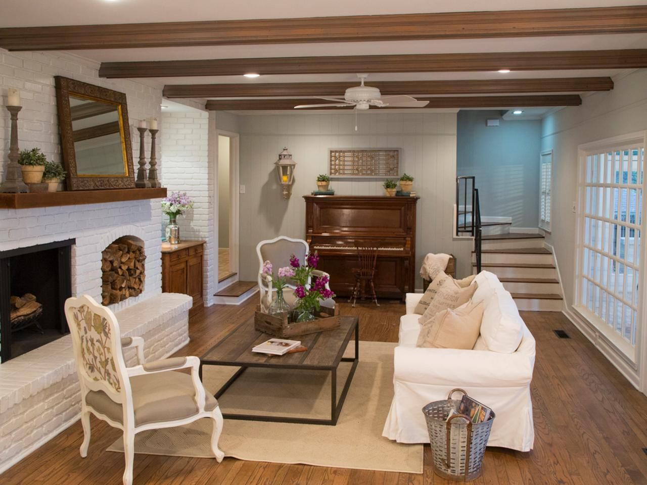 creating french country in the texas suburbs les manteaux foyer et chemin es. Black Bedroom Furniture Sets. Home Design Ideas