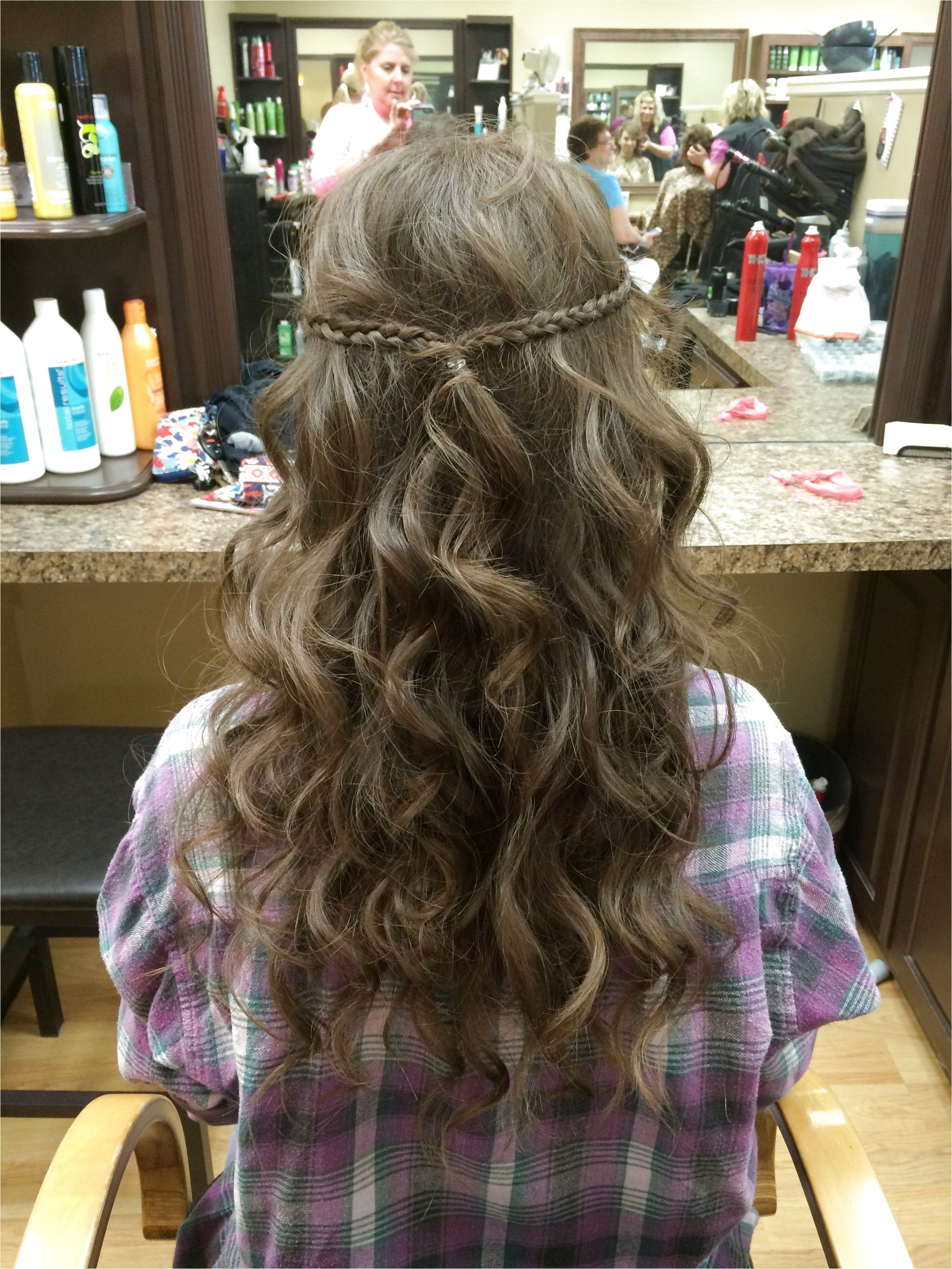 6 Easy & Pretty Prom Hairstyles | Prom hair down, Long ...