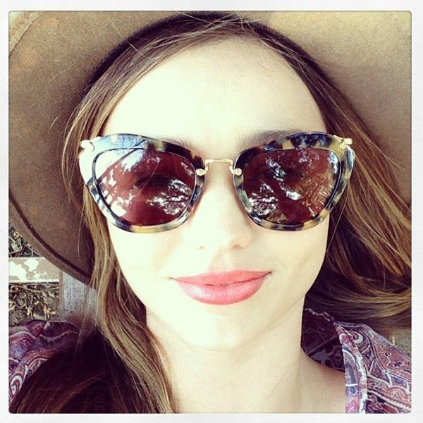 7254ab5d9c6 Miranda Kerr in Miu Miu sunglasses  Mirandakerr  miumiu  sunglasses   eyewear  celebrity
