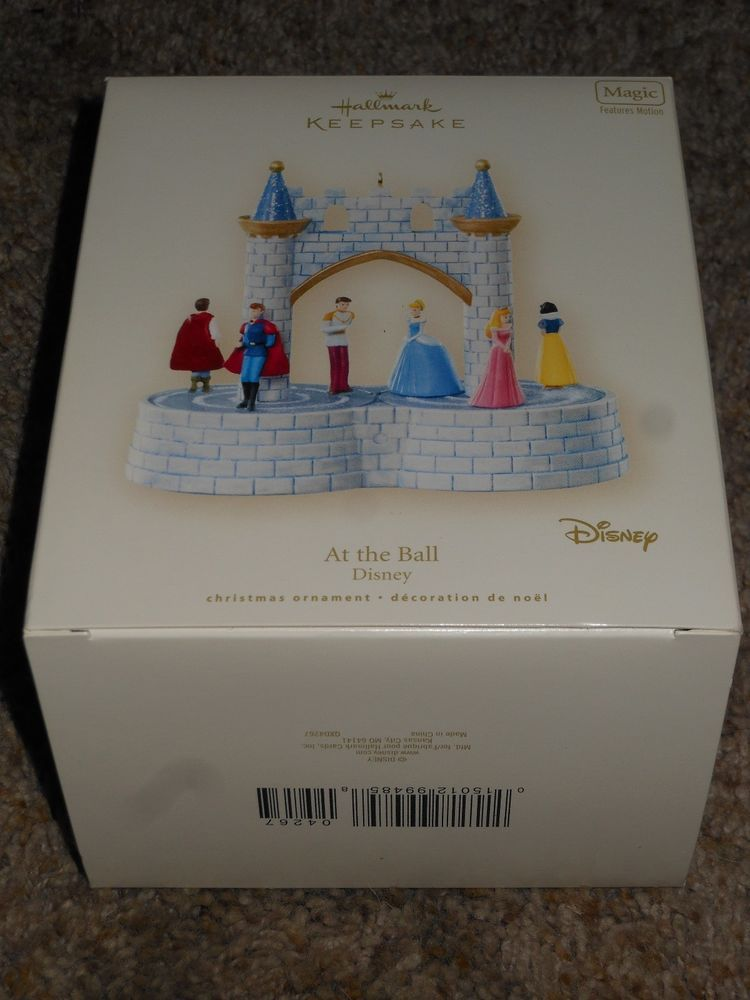 Hallmark DISNEY Ornament 2007 AT THE BALL PRINCESSES
