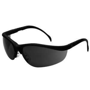 4afd2cc943 lentes oscuro de seguridad a mayor y detal pide tu cotización a  telas1204@gmail.