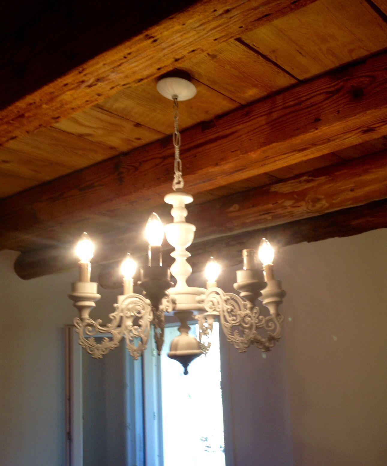 Vecchio lampadario! Vecchio lampadario, Lampadari