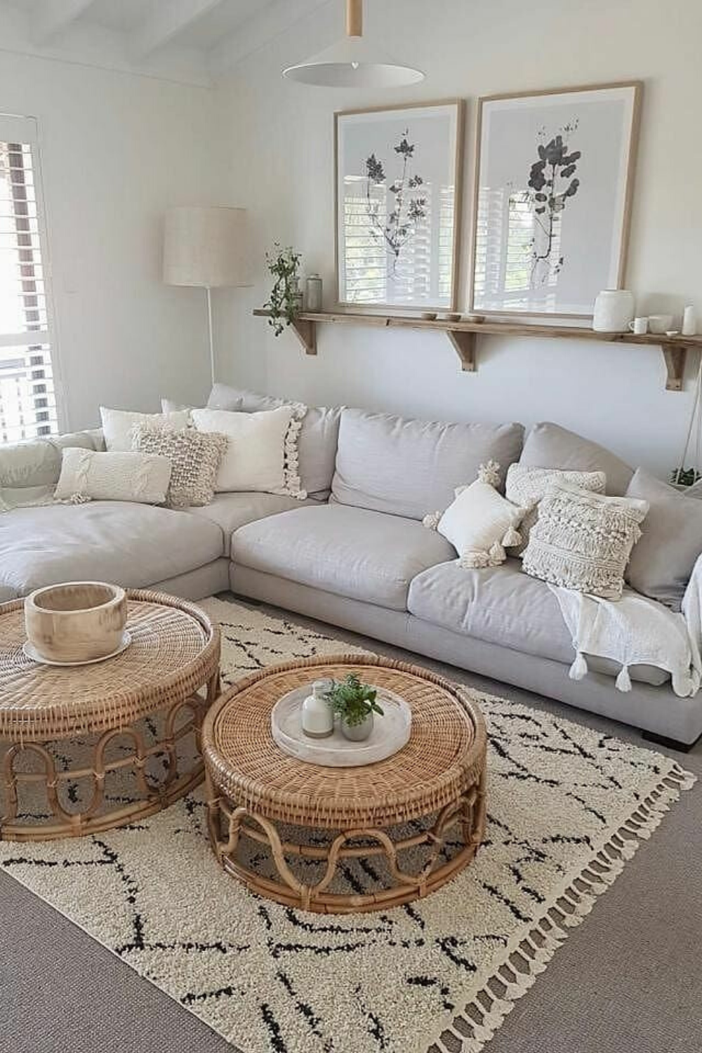 How to cozy and fun living room? just looking a picture is not enough, visit my website to see more about cozy living room ideas... #livingroom #livingroomdecor #livingroomideas #livingroomfurniture #livingroomdesigns #interiordesign #interior #interiorlivingroomideas #interiordesignideas