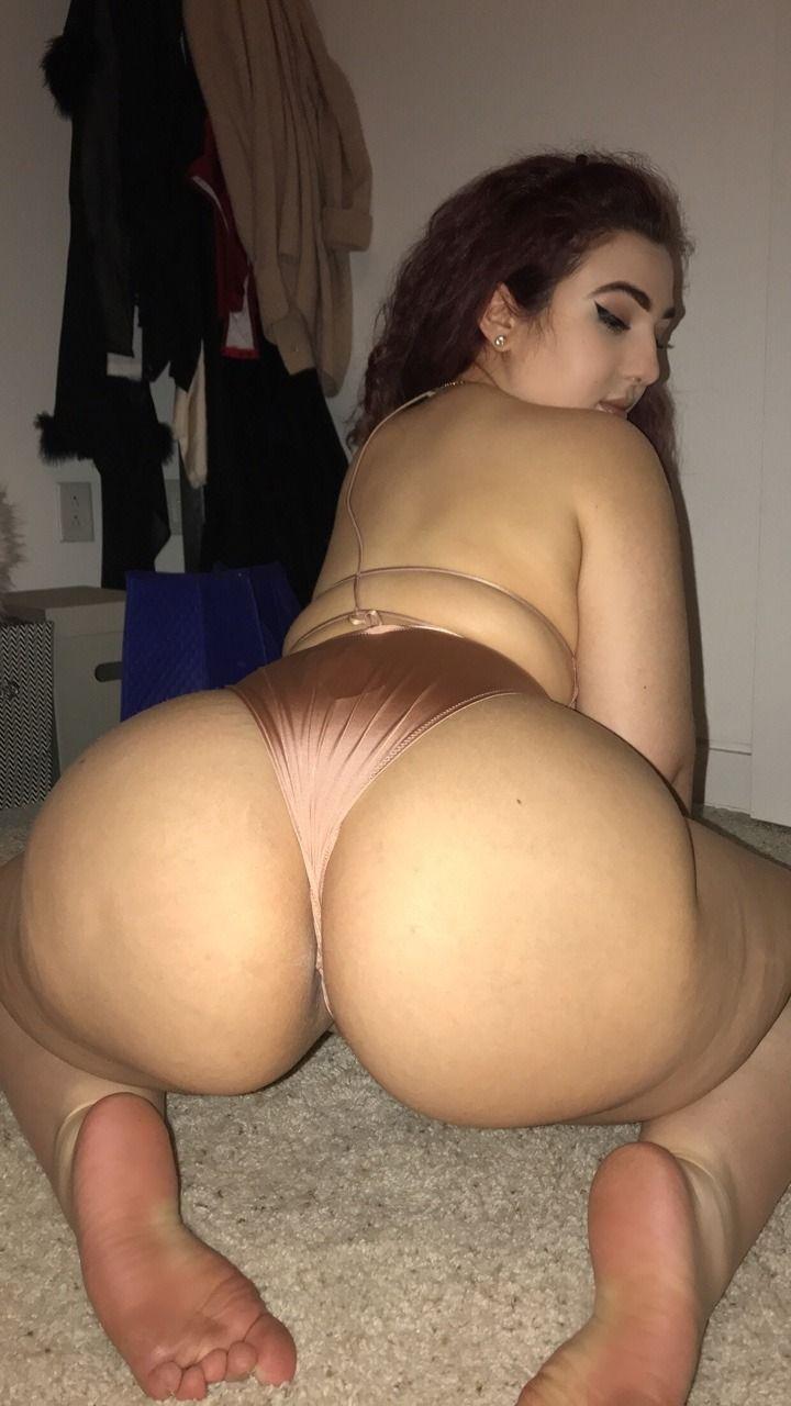 bitch sucking down a dick