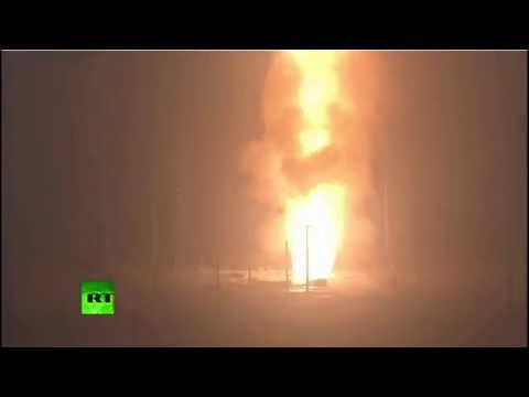 Missile launch: Air Force test fires Minuteman 3 ICBM - YouTube