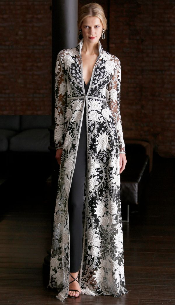 White rose embellished elegant sheer caftan over black bodysuit Naeem Khan Resort 2015 #Fashion #Resort15 #kaftan