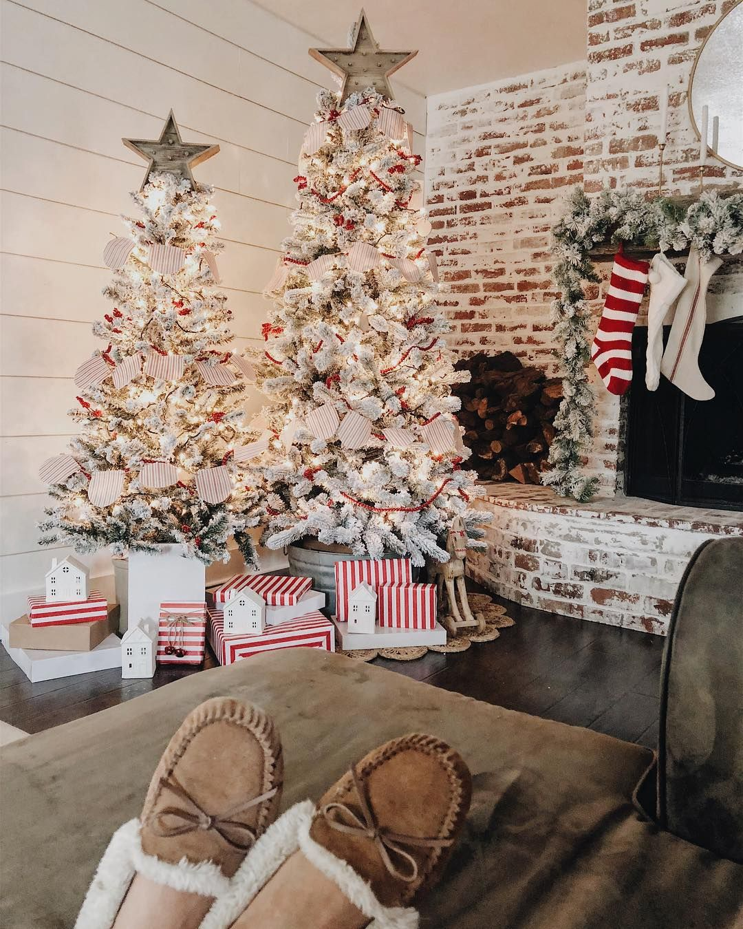Extreme Christmas Trees: Pin About Christmas Tree Inspiration On Living Room Ideas 2017