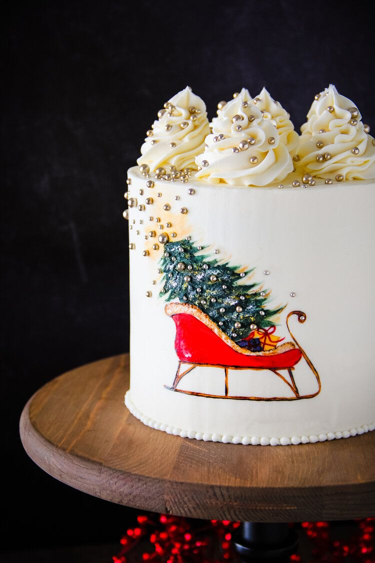 Santas Sleigh Christmas Cake In 2020 Christmas Cake Designs Christmas Cake Santa Cake