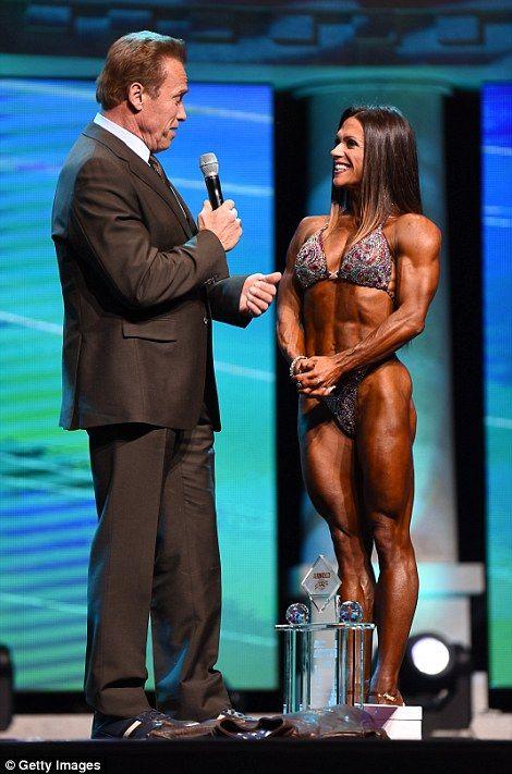 Schwarzenegger joins male and female bodybuilders for Arnold Classic - new arnold blueprint app
