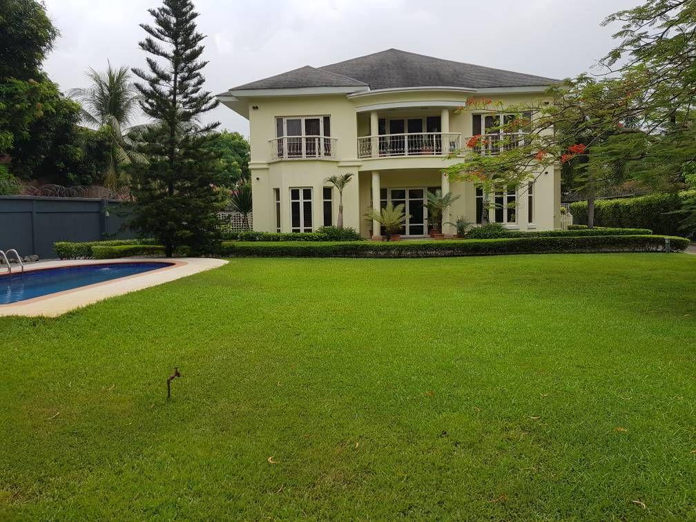 Elegant Mansion In Victoria Garden City Lagos Nigeria