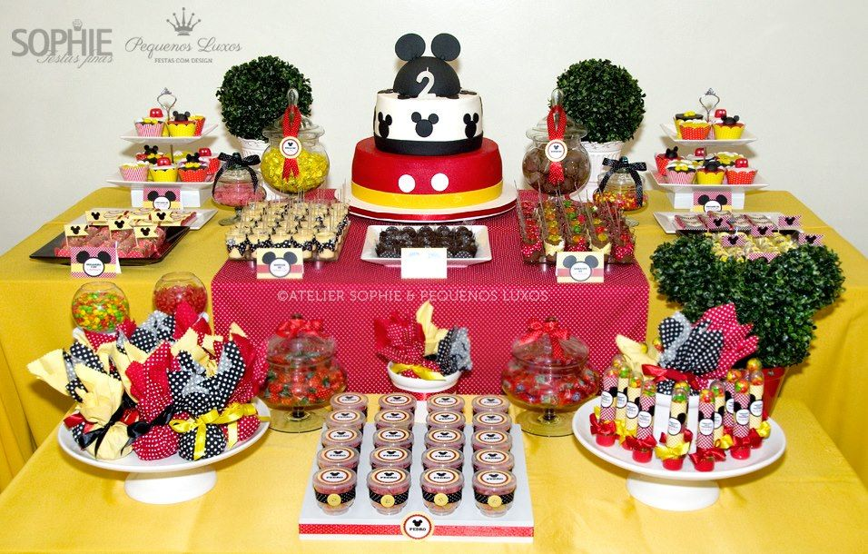 Mickey mouse baby shower ideas candy bar pinterest for Baby mickey decoration ideas