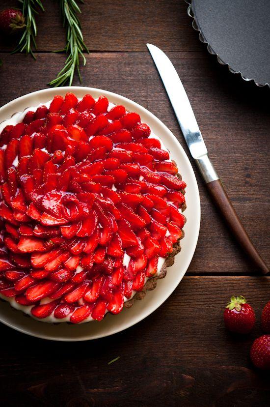 strawberry and rosemary-caramel buckwheat tart