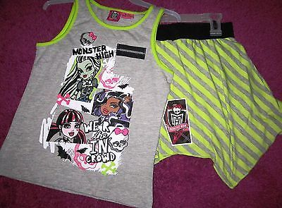 MONSTER HIGH GIRL'S 2-Piece OUTFIT SHIRT AND SKIRT NEW Size 7/8 clothing