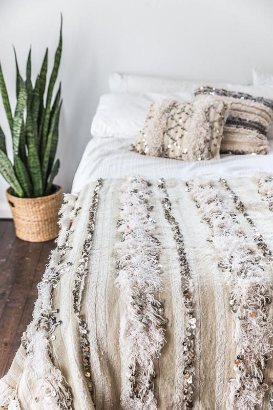Vintage Moroccan Wedding Blanket Moroccan Wedding Blanket Wedding Blankets Bedroom Decor