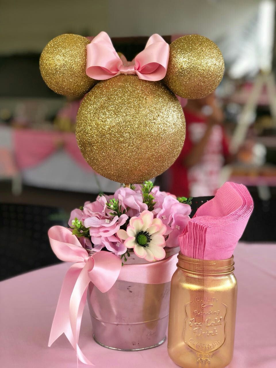 Photo of Minnie Mouse von Nature Crafts Party Table #minniemouse Me …