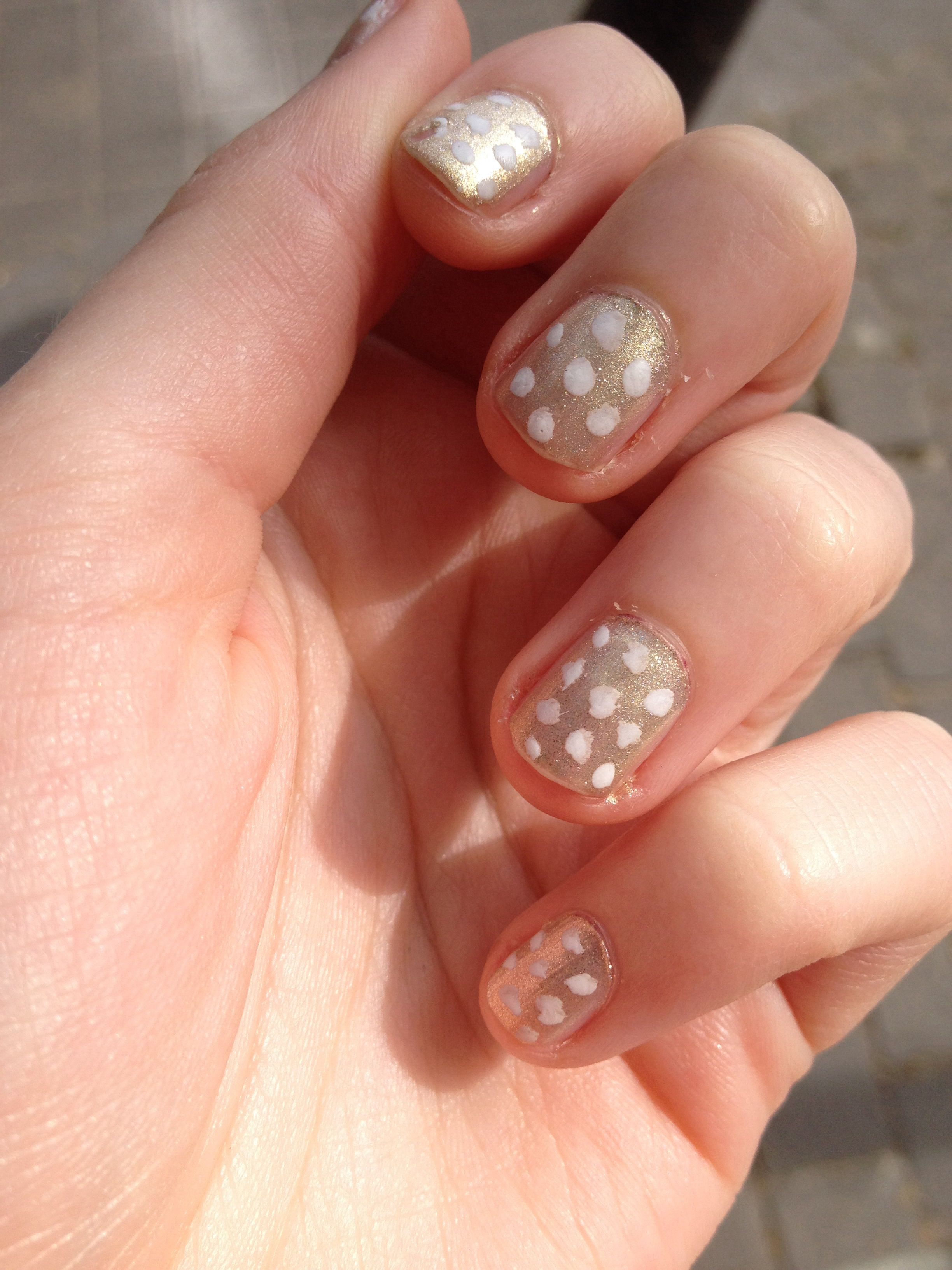 Nails gold white polkadots