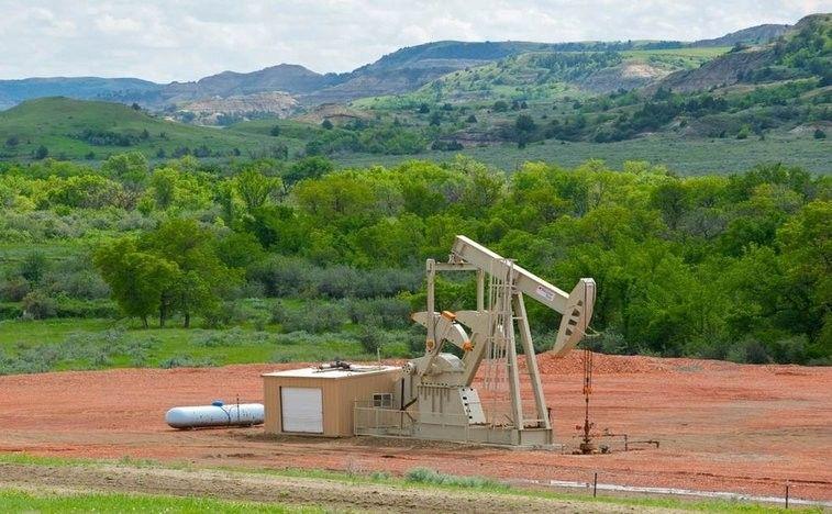 Iraq says Saudi Russia change tone on possible oil deal