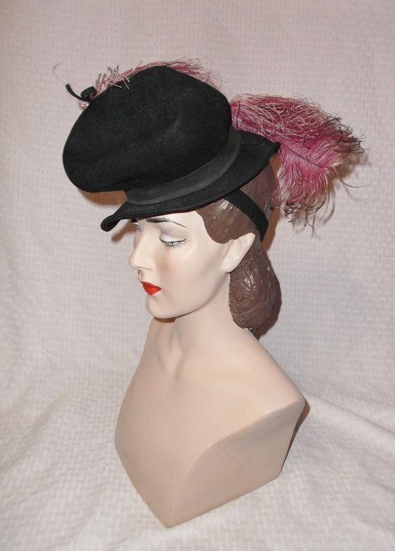 30s 40s Vintage Black Felt Tilt Hat with Pink Ostrich Feather