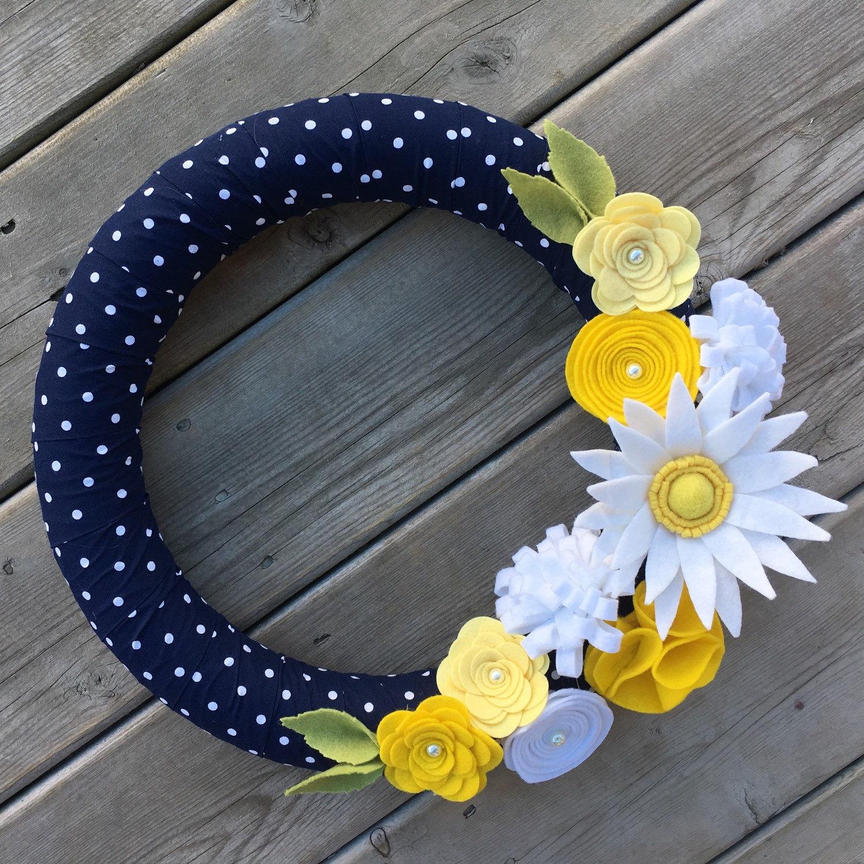 Photo of Spring wreath    Floral wreath    Daisy flower wreath    Navy polka dot wreath    Modern wreath    Wreath decor    Summer wreath