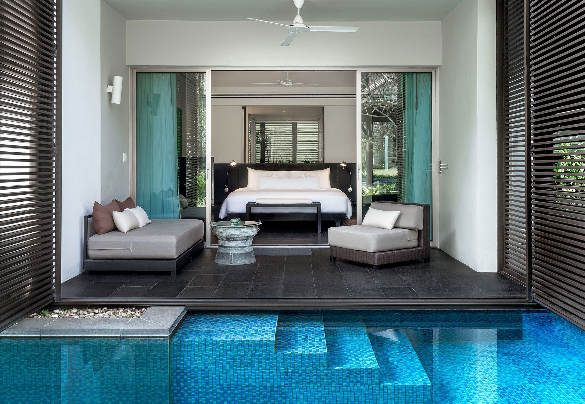 Twinpalms phuket luxury hotel thailand small luxury for Small luxury beach hotels