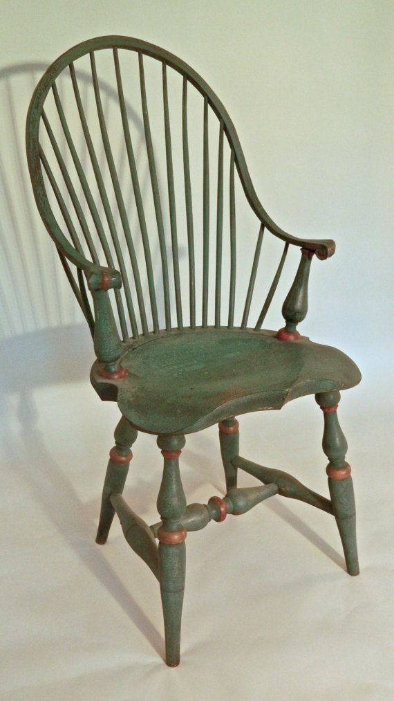 Continuous Arm Windsor Chair In Vintage Green By