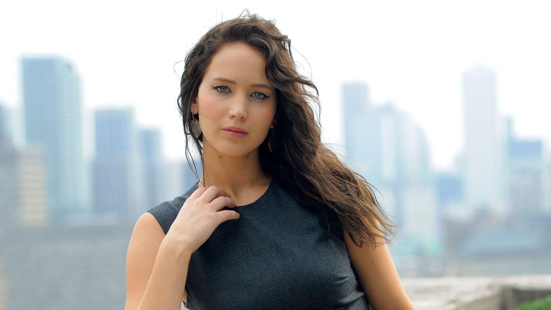 Jennifer lawrence actress photos httpatozpictures best pic hd jennifer lawrence in high quality voltagebd Gallery
