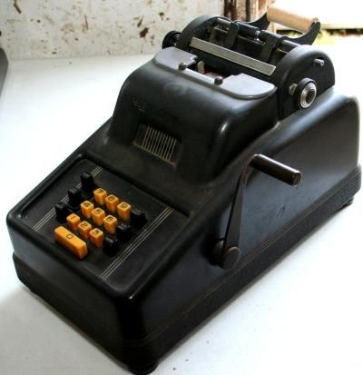 Underwood Sunstrandt 10 Key Adding Machine Remember How Cool It Was To Pull The Lever I Always Felt So Important Lol With Images Vintage Office 10 Things Underwood