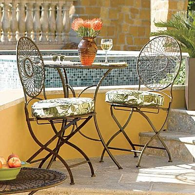 Wrought Iron Patio Furniture Care Tips, Cleaning Rod Iron Outdoor Furniture