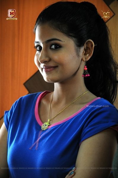 Cute Mallu Babe Reshmi Menon Malayalam Film Actress In Blue T
