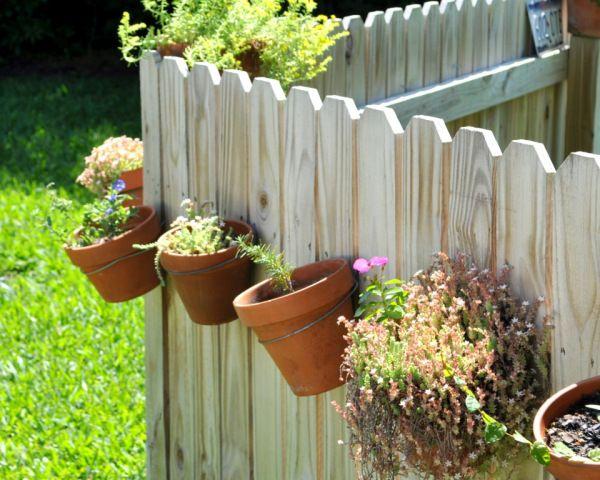 Flower Pot Clips For Fence Google Search Diy Garden Fence Diy